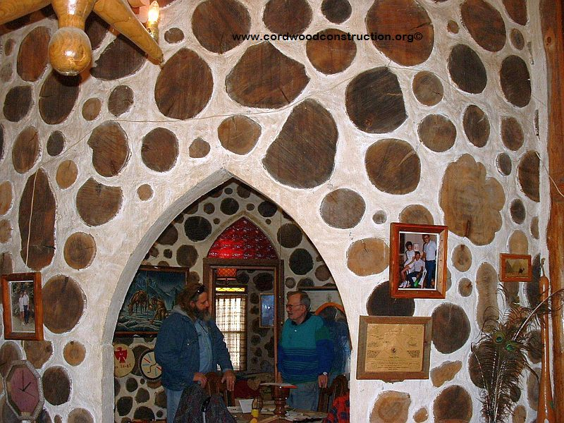 Sam Felts round cordwood home in Georgia interior 3